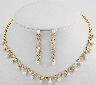 40 Popular and Latest Pearl Necklace Designs Styles At Life