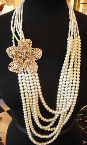 gold-and-pearl-long-necklace3