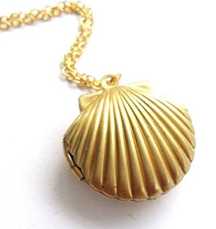 golden-seashell-lockets