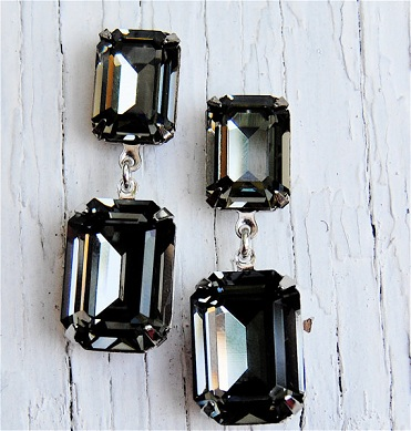 grey-black-diamond-earrings