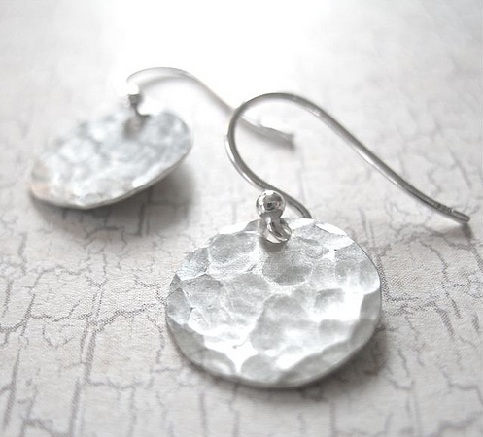 hammered-disc-silver-earrings