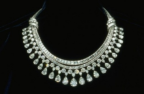 heavy-expensive-diamond-necklaces