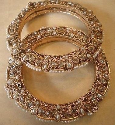 heritage-bridal-bangles