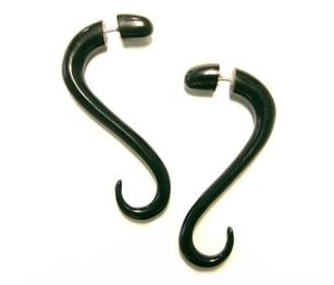 horn-designed-earrings-for-men