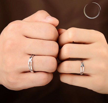 interlocking-promise-rings