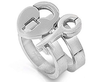 lock-and-key-promise-rings
