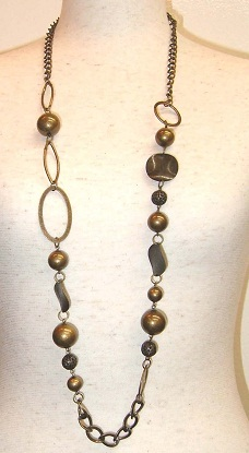 long-necklace-with-charms2