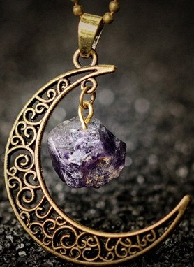 moon-gemstone-pendant13