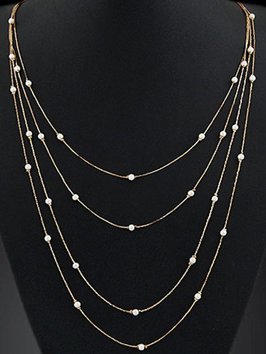 multiple-strand-pearl-necklace-in-gold-chain9