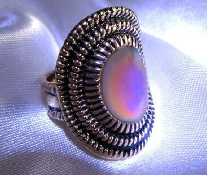 oval-mood-ring