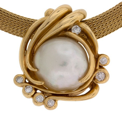 pearl-gold-pendant