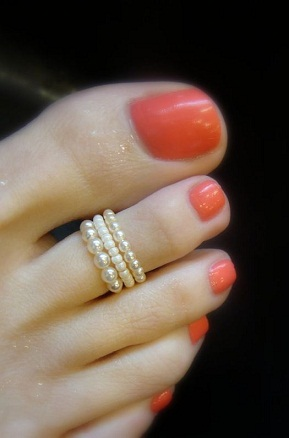 pearl-toe-ring