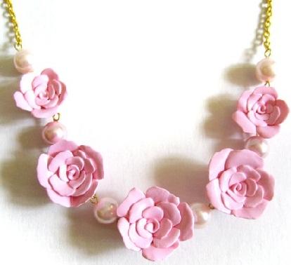rose-flower-necklace-2