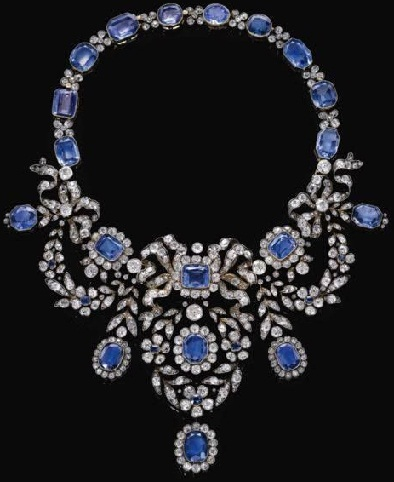 sapphire-and-diamond-necklaces8