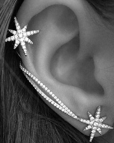 snowflake-ear-pin24