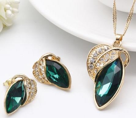 stylish-emerald-necklace-set7