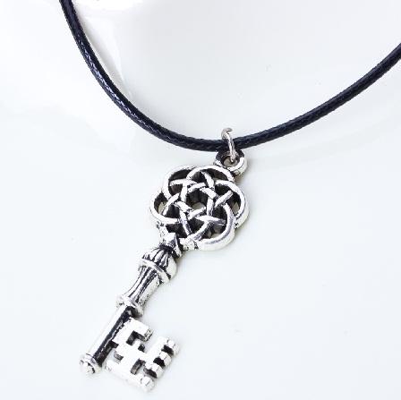 stylish-key-shaped-locket-for-men
