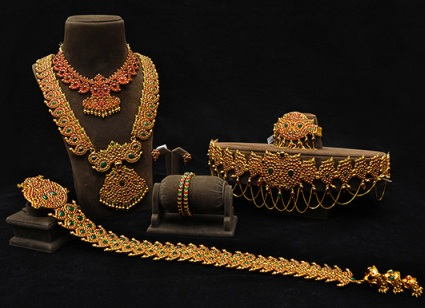 temple-design-bridal-jewellery