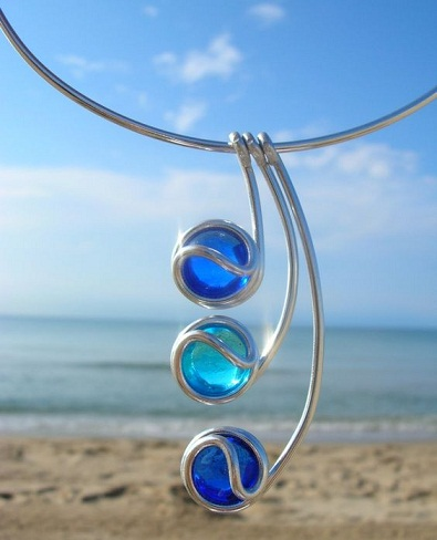 top-9-pendants-necklaces-three-ocean-blue-pendants