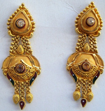 Traditional Gold Earrings Designs For Wedding
