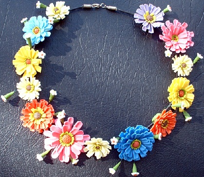 traditional-flower-necklace-1