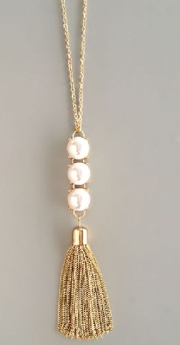 triple-pearls-tassel-necklace