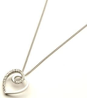 white-gold-heart-pendant6