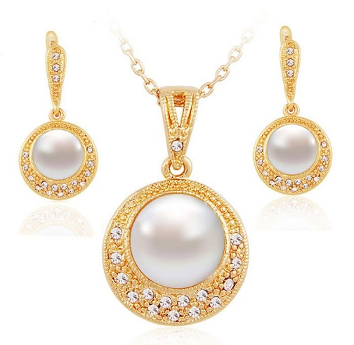 40 Simple And Modern Pearl Necklace Designs 2019 Styles