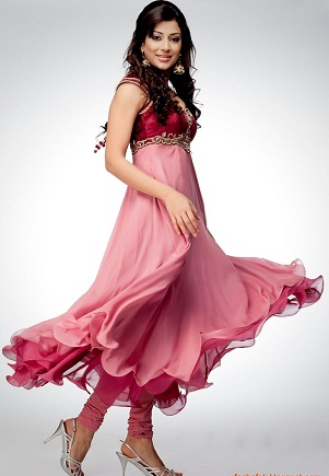 an-umbrella-cut-anarkali-churidaar18