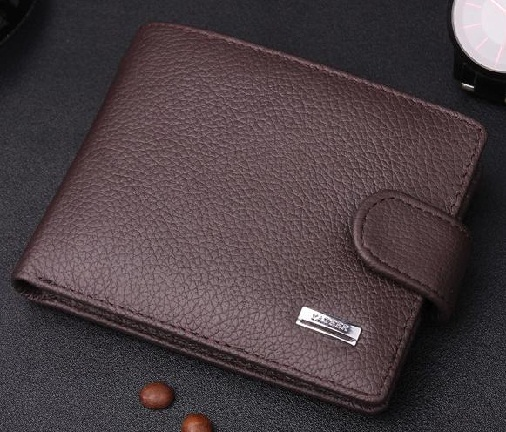 bifold-wallet-with-button