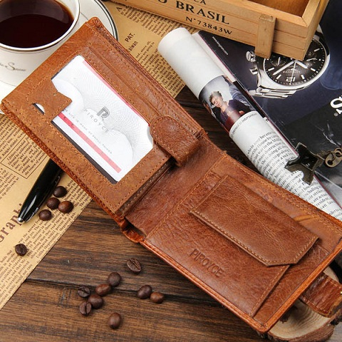bifold-wallet-with-identity-pocket