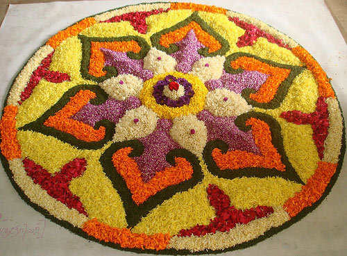 circular-free-hand-rangoli-design-for-onam11