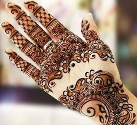circular-indian-mehndi-design-for-back-side32