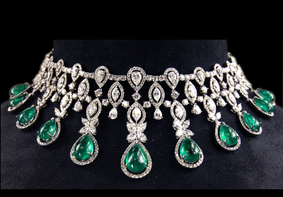 classic-emerald-necklaces20