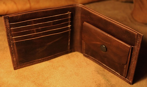 classic-leather-wallet