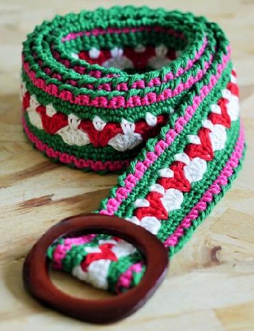 crocheted-girls-belt
