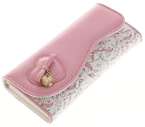 cute-pink-and-white-wallet
