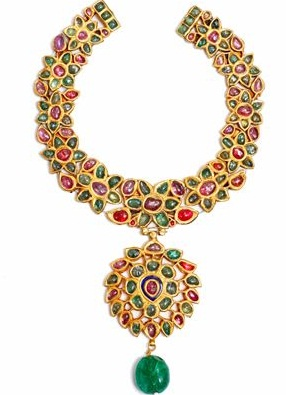designer-gold-floral-necklaces12