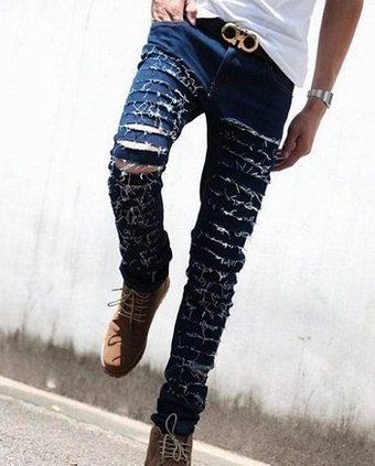 87ccf8422702 15 Spectacular Designs of Ripped Jeans for Women and Men