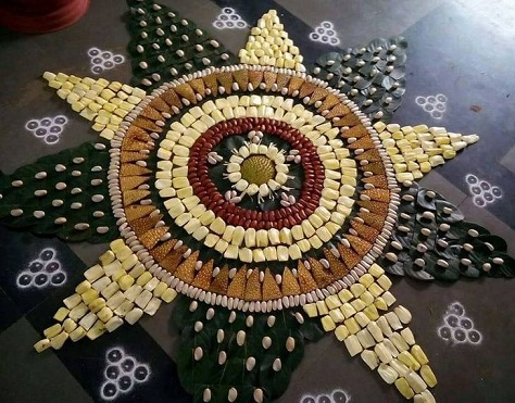 free-hand-rangoli-design-with-fruits15
