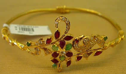 gold-armlets19