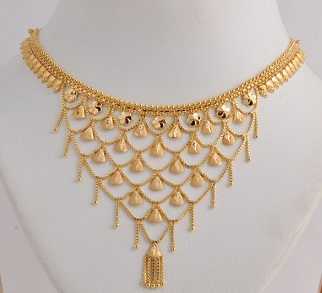562cce6e922dd 25 Simple and Latest Gold Necklace Designs for Women | Styles At Life