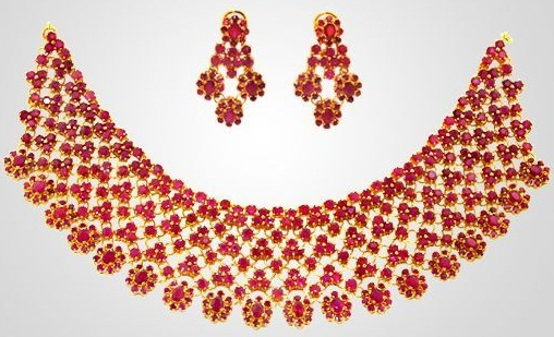 gold-and-ruby-necklaces5