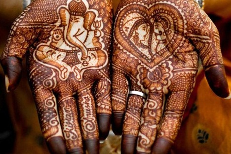 good-luck-indian-mehndi-design50