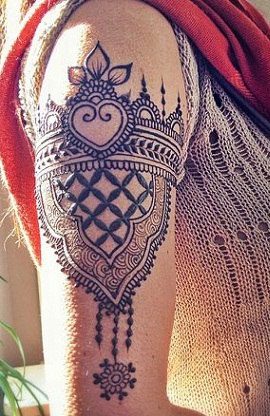 leafy-crest-mehndi-design-for-arms-11