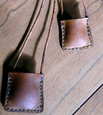 leather-bag-lockets21