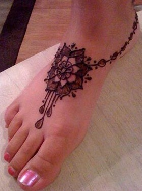 15 Stylish Foot Mehndi Designs For Your Pretty Feet Style At Life
