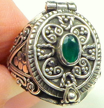 medieval-emerald-sterling-silver-ring7