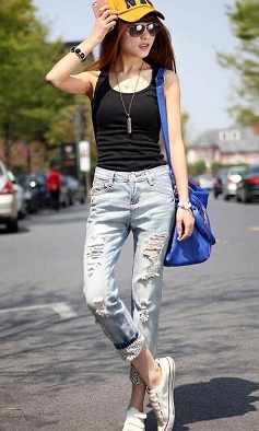 rolled-up-ripped-women-jeans2