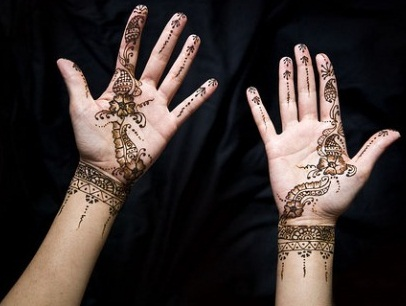 shaded-mehndi-design-for-palm15